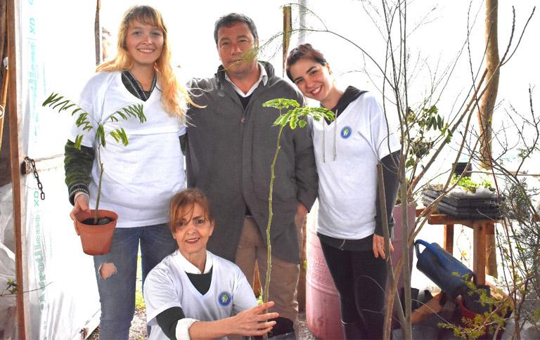 Con motivo de Celebrarse el Día del Árbol el 29 de Agosto pasado La Fundación La Tierra De Nuestros Hijos, se hizo presente en el Parque Ecológico Municipal de Villa Elisa.
